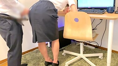 cum onto office skirt from behind the office worker