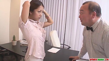 Satomi Suzuki dildo fucked and - More at Japanesemamas.com